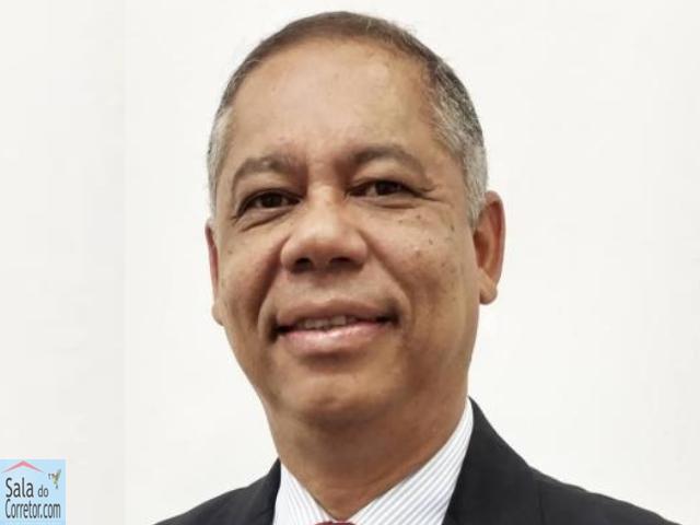 Nilson Araújo - CRECI/BA 1.585F
